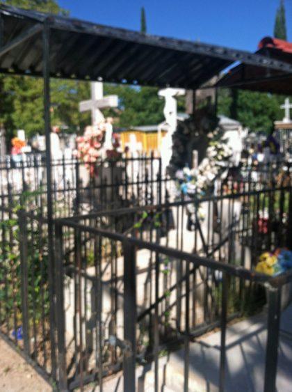 nogales-cemetery